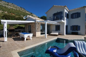 Ultimate remodelling of the exclusive villa A...